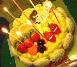 0403-mangocake.jpg